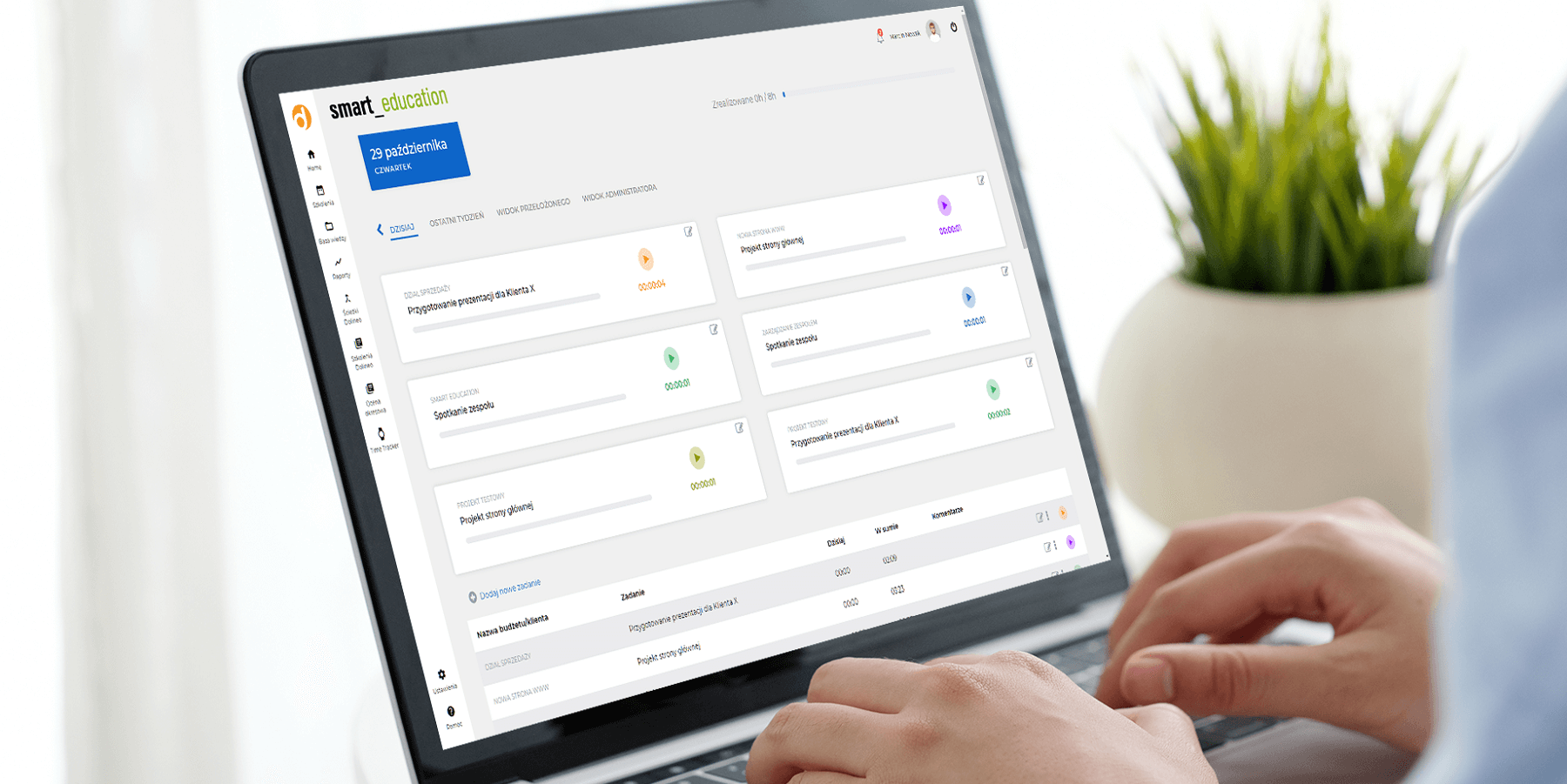 Aplikacja time tracker - monitoruj czym zajmują się pracownicy, śledź postępy w realizacji zadań, rozliczaj czas pracy